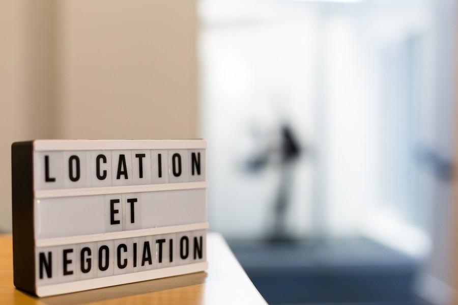 Moins Notaires Location et Négociation